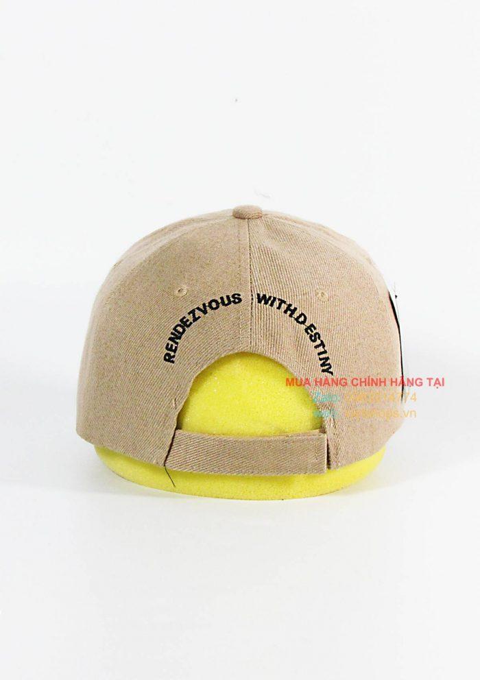 Mặt sau nón
